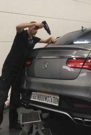 Mercedes -1
