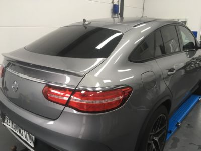 Mercedes -3