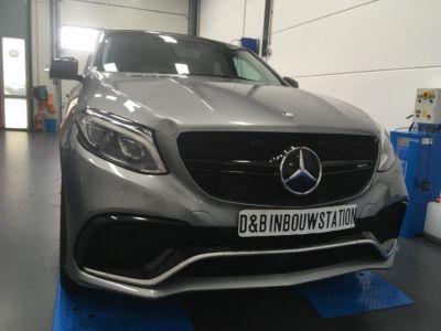 Mercedes -4