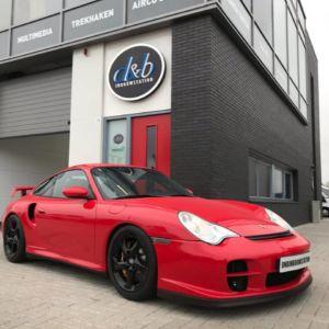 Porsche 911 GT2 -4